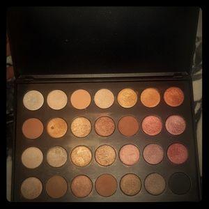 Luxima EyeShadow Palette
